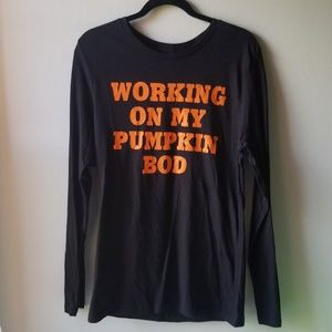 Host Pick 💖 City Streets Pumpkin Bod Shirt